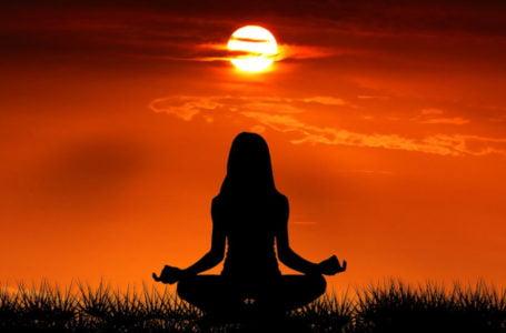 Meditação como aliada na busca por bem-estar e qualidade de vida. Imagem: Pixabay