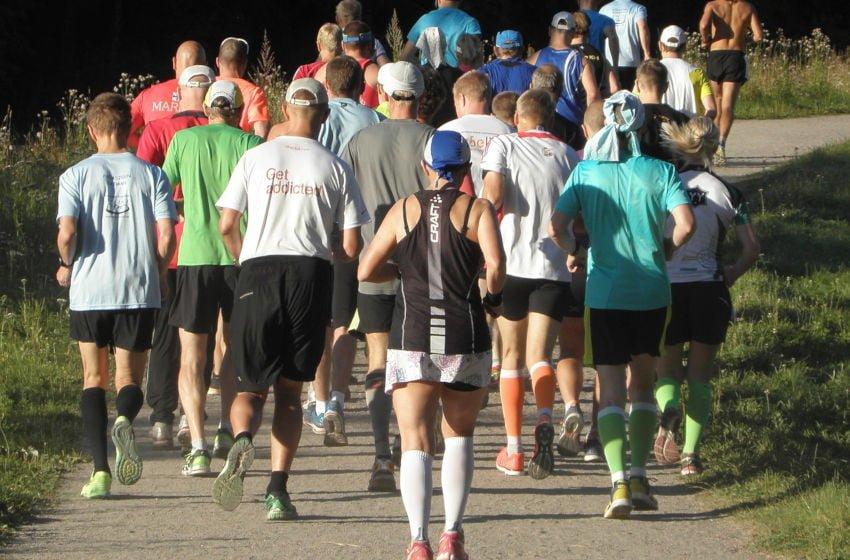 Correr assim como caminhar são ótimos exercícios e estão ao alcance de todos.